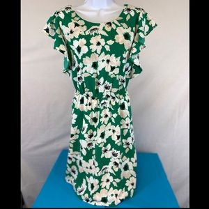 Floral dress with soft ruffled sleeves